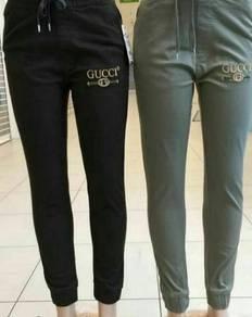 Gucci jogger pants unisex.