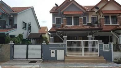 END LOT EXTRA LAND | 2 Storey Terrace House Bandar Nusaputra , Puchong