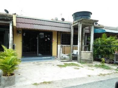 Rumah Teres Depan Airport Pengkalan Chepa