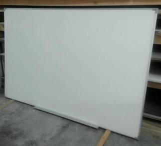 Whiteboard baru *terlaris dipasaran