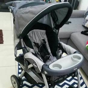 Chicco baby stroller + free insular diaper bag