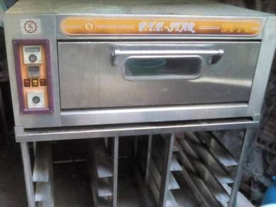 Pte Star Oven