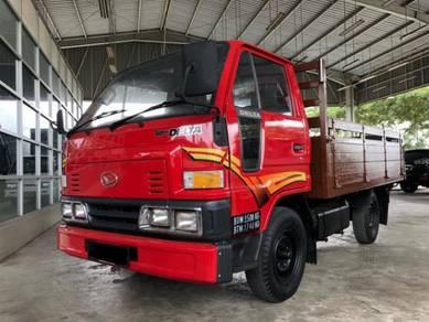 Daihatsu v57 v58 2.8 diesel engine wooden body