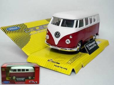 1962 Volkswagen classical bus 1/38 model