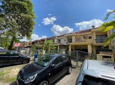Double Storey Terrace House Jalan Turmalin Tiga Seksyen 7 Shah Alam