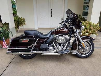 Road King/Street Glide Convertible. 3 Bikes in 1