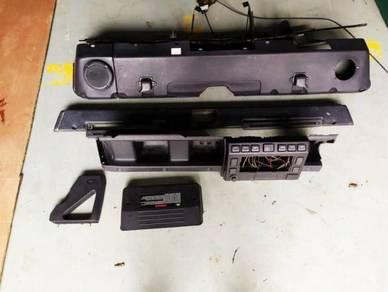 Land Rover Defender Td5 2005 face lift dashboard