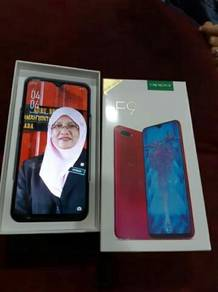 Oppo F9 Purple (Like New)