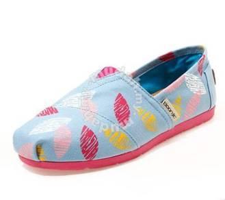 Irregular Canvas Female Shoes7