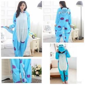 Pyjamas / onesie costume 08