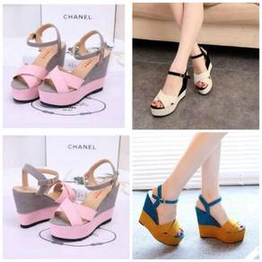 Wedges beige colour never wear (only for testing)