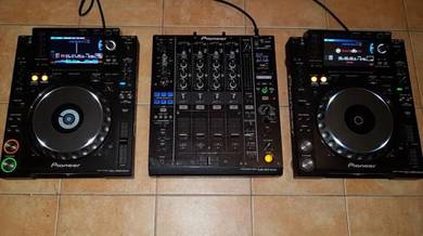 Set Pioneer cdj 2000 Nexus and djm 900 Nexus