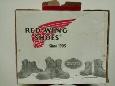 Kotak Kasut Red Wing