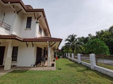 [ CORNER LOT EXTRA LAND ] Rumah Teres Bukit Jelutong U8 Shah Alam