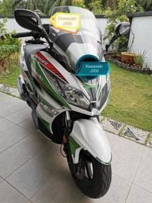 Kawasaki j300 scooter j 300