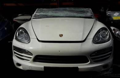 Porsche Cayenne V6 2013 Engine Gearbox Body Parts
