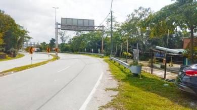 Tanah 0.94 Ekar L/Hold Malay Reserve Facing Jln Pulau Meranti Puchong