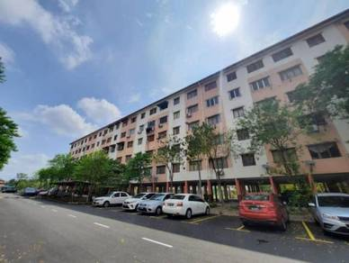 Fully furnished flat pkns section 7(block 47,top floor)