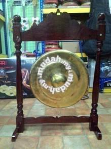 Gong Perasmian ( Bersama Kaki & Pemukul )