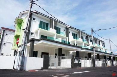 Maple Residence - New - 3 storey terrace for rent