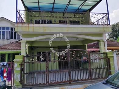 Bandar seremban selatan rumah 2 tgkt (freehold+ renovated+cuci kaki )