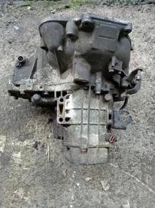 Gear box poton saga iswara manual