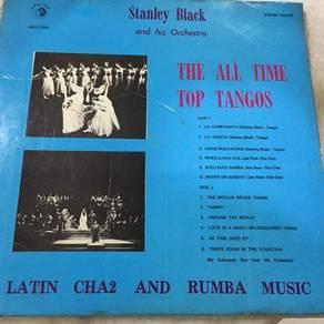 119 Piring hitam lp Stanley Black not ep