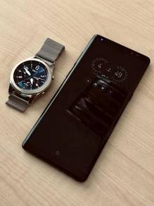 Samsung Galaxy Note 8 with Gear S3