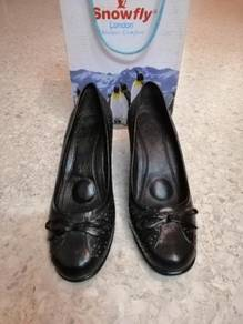 Snowfly Ladies Leather Shoes