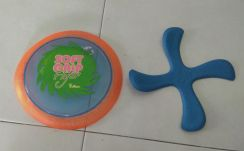 Frisbee flying saucer disc children toy game