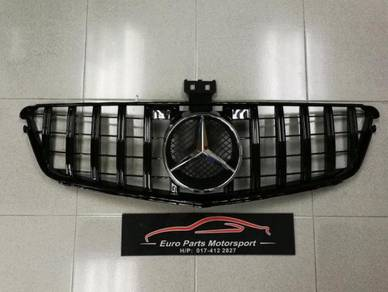 Mercedes W204 GT Grille Grill