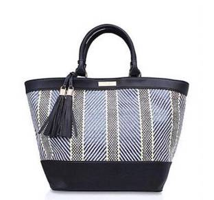 Carvela handbag ( new )