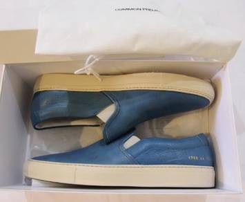 Common Projects capri blue slip-on leather shoes