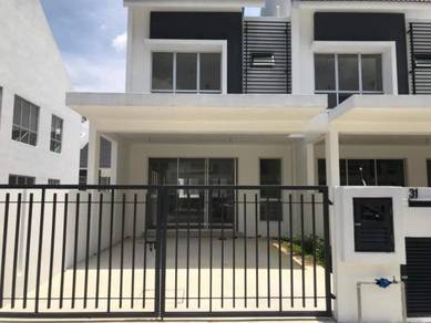 Brand new[end lot] 2 storey desa country home
