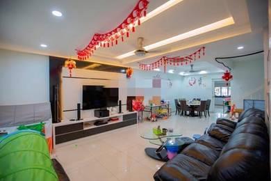 Nice House - 2 Storey House in Taman Puchong Utama