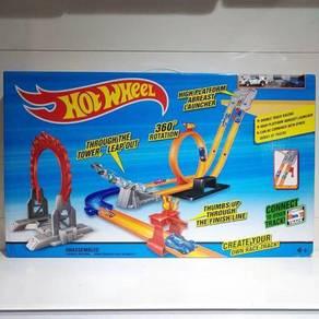 Hotwheel race track toys