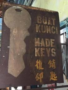 Vintage Buat Kunci Made Keys Iklan Steel Signboard