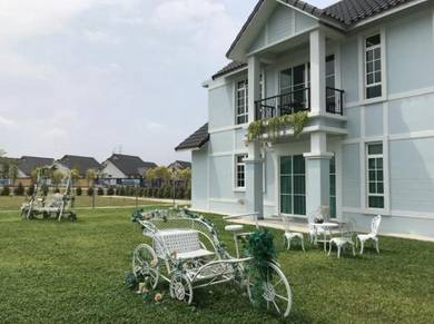 BUNGALOW, 2 STOREY, booking RM1000, NEAR AYER KEROH, Melaka