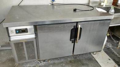 5FT 2 Door Table Freezer TM713