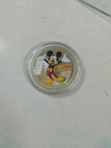Elizabeth II Mickey Mouse coin