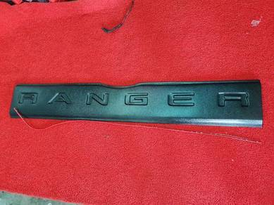Ford ranger t6 t7 tailgate protector cover panel