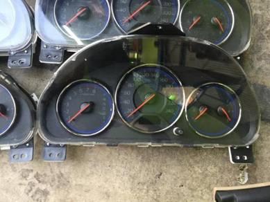 Honda Civic ES 1.7 facelift meter with chrome ring