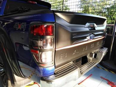 Ford Ranger T6 T7 T8 Rear BONNET Garnish Protector