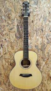 Taylor GS mini 4 36inch acoustic guitar with EQ