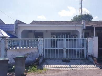 Single storey lowcost house jln kejayyan