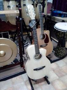 Acoustic Guitar T6000SE (Light Natural)