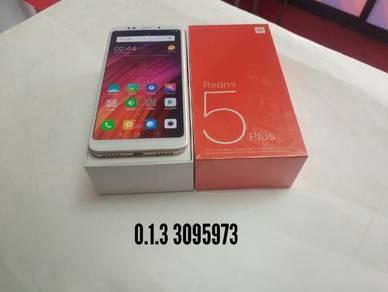 Xiaomi - redmi 5 plus - 32gb- newset