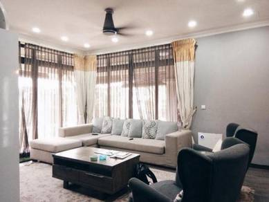 BEAUTIFUL RENOVATED Divina 2 Storey Semi-D, Seksyen 24 Shah Alam