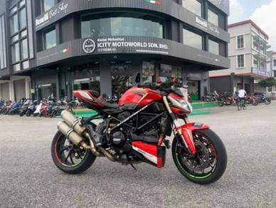 2012 Ducati StreetFighter 848 Naked SF Muka 300