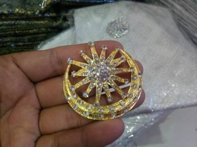 Aksesori kerongsang bulan bintang silver/gold